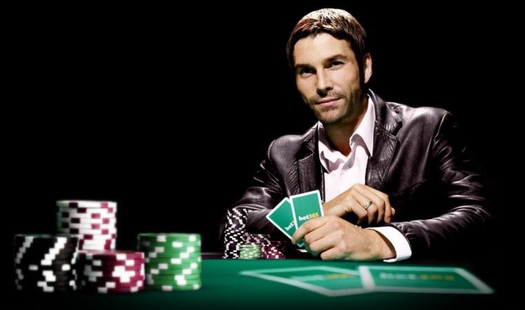 Bet365 Poker и 100 Евро БОНУС.